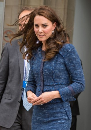 Britain's Catherine, Duchess of Cambridge, leaves Kings College Hospital after meeting staff and patients affected by the terrorist attacks at London Bridge and Borough Market on June 3, in south London on June 12, 2017. / AFP PHOTO / POOL / Dominic Lipinski        (Photo credit should read DOMINIC LIPINSKI/AFP/Getty Images)