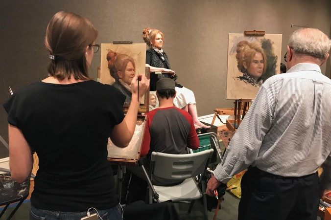 """Artist participate in the first """"Oil Portrait Sketching Competition"""" of the Salmagundi Club in New York on Aug. 26, 2017. (Milene Fernandez/The Epoch Times)"""