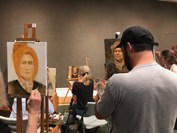 Artists participate in the Oil Painting Sketch Competition at the Salmagundi Club in New York on Aug. 26, 2017. (Milene Fernandez/The Epoch Times)