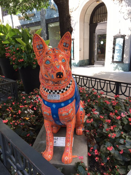 Statues on display highlight the important contributions of the Chicago Police Department's Canine Unit. (Image: Monica Song/Vision Times)