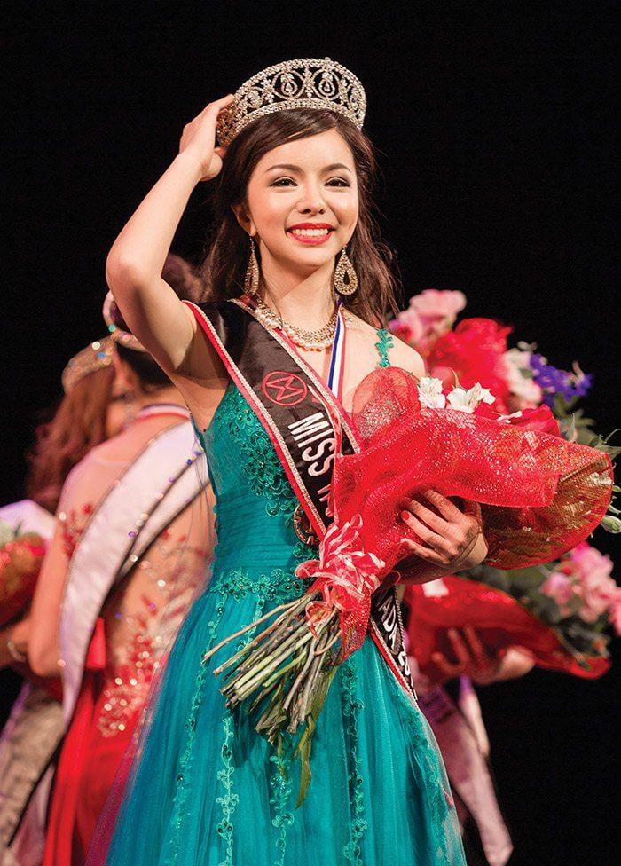 Running on a human rights platform, Anastasia Lin was crowned Miss World Canada on May 16, 2015. (Sabrina Liu photography)