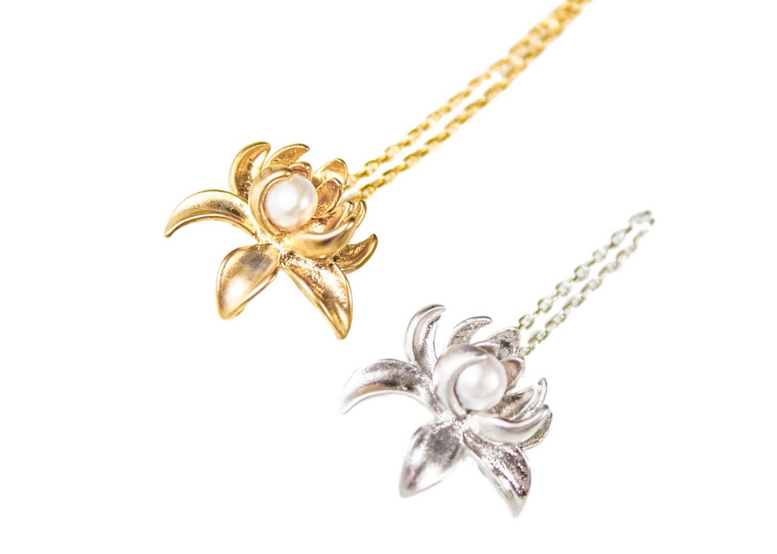 Chrysanthemum Pearl Necklace, $30